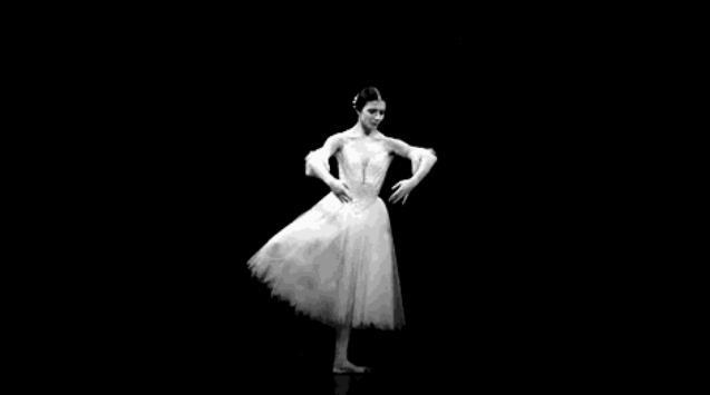 中国舞借鉴西方芭蕾舞的元素